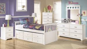 Teenage Bedroom Sets Buy Ashley Furniture Lulu Trundle Youth Bedroom Set