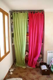 rideau placard chambre rideaux pour placard de cuisine top cuisine meuble rideau rideau