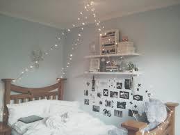 90 S Decor Grunge Aesthetic Bedroom Ideas Limestone Decor Desk Lamps