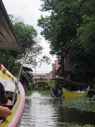 thai homes along the gringo trail the floating market and ancient city of