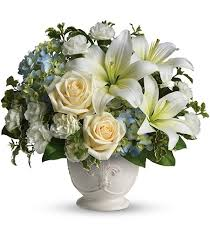 flower for funeral classic funeral flowers for sympathy norwood ma florist