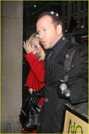 jenny mccarthy halloween party jenny mccarthy stops donnie wahlberg u0027s hiccups by feeding him