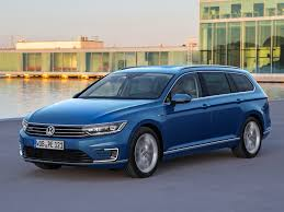 volkswagen variant 2015 driving report vw passat gte athletic economical middle class