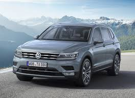 volkswagen tiguan white 2017 vw tiguan allspace review summary parkers