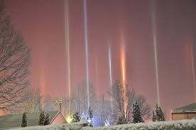 Pillars Photographer Captures Amazing Light Pillars In Northern Ontario