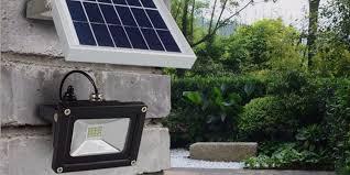 solar spot light reviews best solar powered flood lights 2018 top 10 reviews