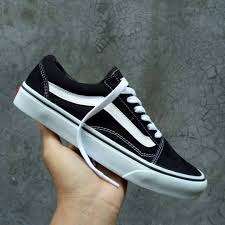 Sepatu Vans sepatu vans oldskool black white premium ifc tag made in china