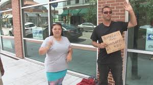 little rock struggles with how to deal with panhandlers thv11 com