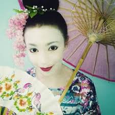 watch me create this beautiful geisha inspired makeup look photo links to video littlebunnyprincess427