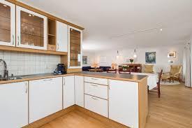 cuisine bois massif prix plan de travail cuisine bois massif meuble de cuisine en bois