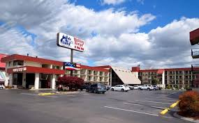 valley forge inn updated 2017 prices hotel reviews pigeon