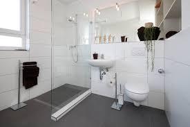 Badezimmer Ohne Fenster Kleine Bäder Mit Badewanne 30 Wohnideen Für Badezimmer Bad Ohne