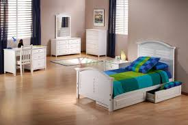 Girls Bedroom Set Outlet White Bed For Girls Night And Day Sandpiper Bed With Trundle Xiorex