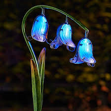 pack of 2 solar powered glass bluebell flowers look again