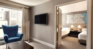 2 bedroom suites in chicago hilton chicago magnificent mile suites hotel