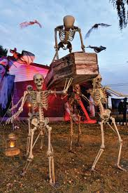 Halloween Outdoor Decorations by 569 Best Halloween Yard Images On Pinterest Pirate Theme