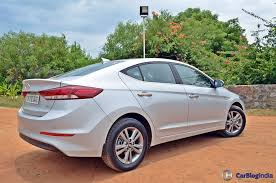 hyundai elantra price in india 2016 hyundai elantra test drive review images 15 carblogindia