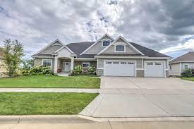waunakee wi homes with walk out basement for sale u2022 realty