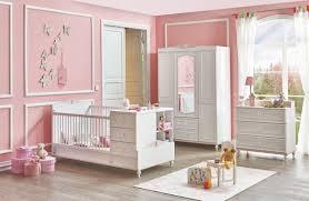 bilder babyzimmer babyzimmer 2 teilig kopmlett mitwachsend süßer schmetterling