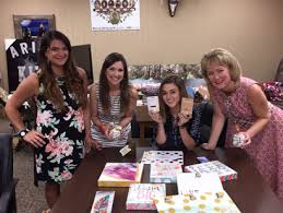 Duck Dynasty Home Decor Glory Haus Partners With Duck Dynasty U0027s Sadie Robertson Gifts U0026 Dec