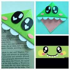 i found a cute bookmark idea and i decided to make a cute dinosaur