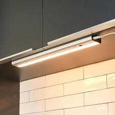 eclairage cuisine sans fil eclairage cuisine sous meuble le sous meuble led devin avec