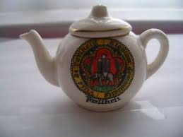 arcadian china china tea pot with pwillheli crest by arcadian china ebay