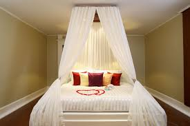 Bedroom Decorating Ideas For Couples Appealing Romantic Bedroom Ideas For Married Couples With Twin