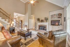 vaulted ceiling decorating ideas vaulted ceiling decorating ideas living room home design