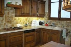repeindre des meubles de cuisine rustique relooker une cuisine rustique lf ambiances et déco