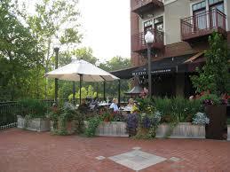 Patio Dining Restaurants by Gahanna Mezzo U0027s Italian Restaurant Outdoor Dining Overlooking The