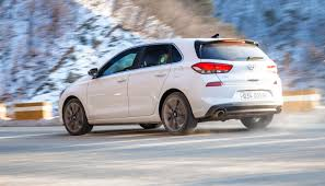 hyundai i30 pictures posters news and videos on your pursuit