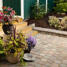 How To Build A Stone Patio by How To Design And Build A Paver Patio