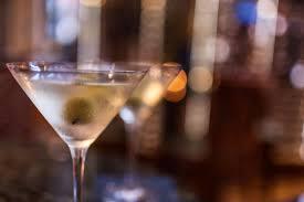 huge martini things your bartender won u0027t tell you reader u0027s digest reader u0027s