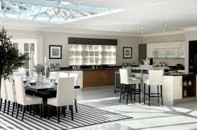 cuisine avec poteau au milieu comment eclairer une cuisine mh home design 15 jan 18 23 25 45