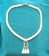 pearl necklace costume images Anne boleyn ugly betty pearl necklace gold plated b jpg