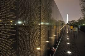 Washingtons Vietnam Veterans Memorial Was Designed By Maya Ying - Who designed the vietnam wall