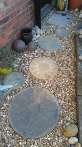 round patio stone best 25 round stepping stones ideas on pinterest round pavers