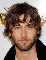 mens haircuts round face mens hairstyles for round face