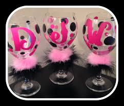 how to personalize a wine glass home accessories etched wine glasses monogrammed wine glasses