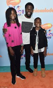 kevin hart is scared his 12 year old is talking to boys daily