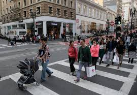 saks fifth avenue thanksgiving sale new york holiday shoppers get a head start on thanksgiving