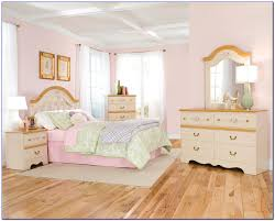 disney princess bedroom furniture disney princess bedroom furniture sets bedroom home design ideas