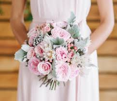 Wedding Flowers Roses 20 Rose Quartz Wedding Bouquets To Get Inspired Weddingomania