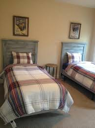 another customer u0027s bed with my pallet headboards pallet stuff