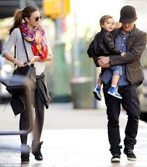 miranda kerr 2015 wallpapers orlando bloom and miranda kerr take stylish flynn bloom on family