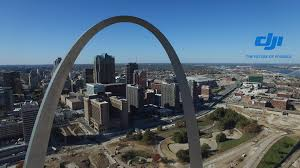 Gateway Arch Dji Phantom 3 Flying Through The Saint Louis Gateway Arch Youtube