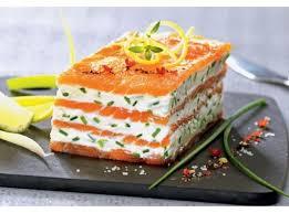 cuisiner du saumon mille feuille de saumon fumé au mascarpone citronné recette
