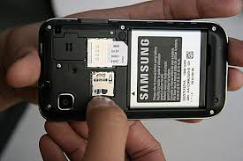how to upgrade samsung galaxy s vibrant to android 22 removing the back cover of a samsung galaxy s vibrant