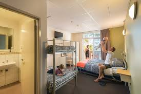 Adelaide Central YHA Fun  Affordable Hostel - Family rooms central london